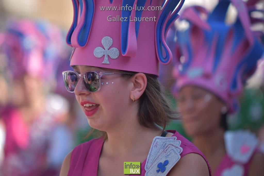 //media/jw_sigpro/users/0000001062/carnavalsoleil/carnavalsoleil0489