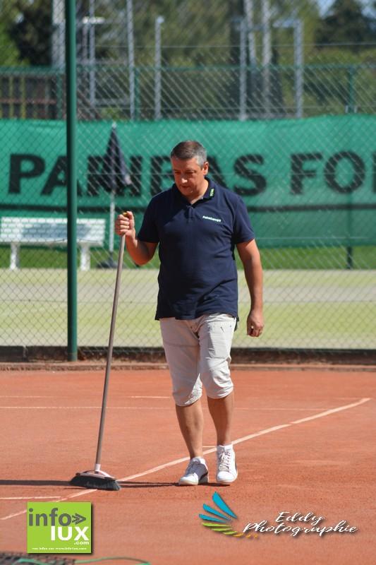 //media/jw_sigpro/users/0000006170/tennis st mard vs bruxelles/DSC_6214