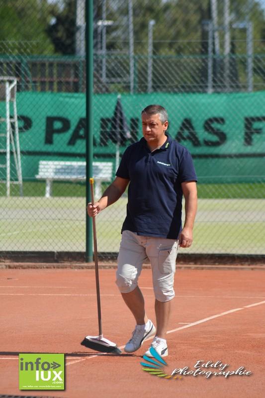 //media/jw_sigpro/users/0000006170/tennis st mard vs bruxelles/DSC_6217