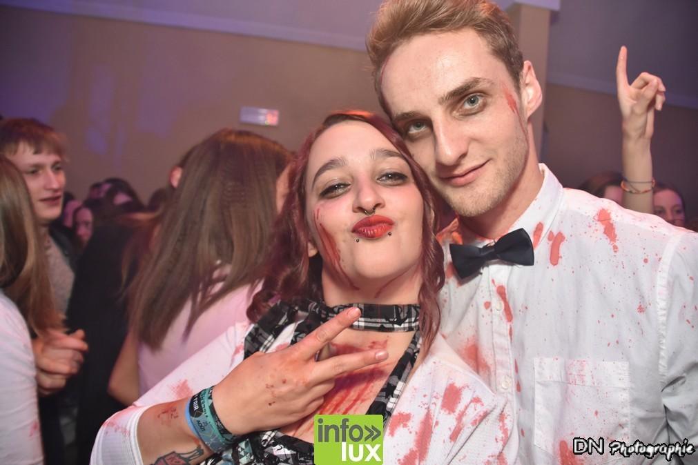 //media/jw_sigpro/users/0000002463/Halloween dancing club meix dvt virton/image00159