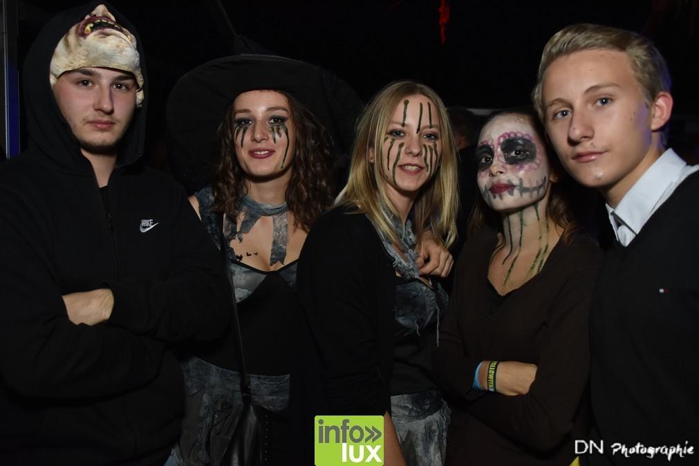 //media/jw_sigpro/users/0000002463/Halloween dancing club meix dvt virton/image00170