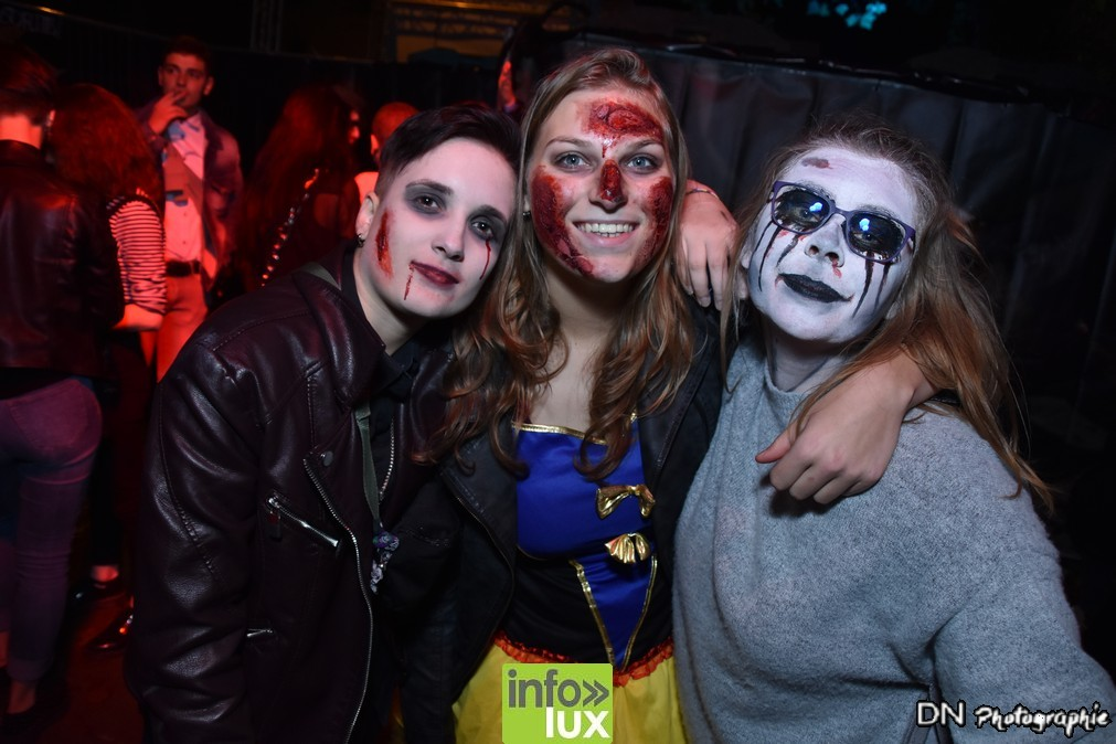 //media/jw_sigpro/users/0000002463/Halloween dancing club meix dvt virton/image00182