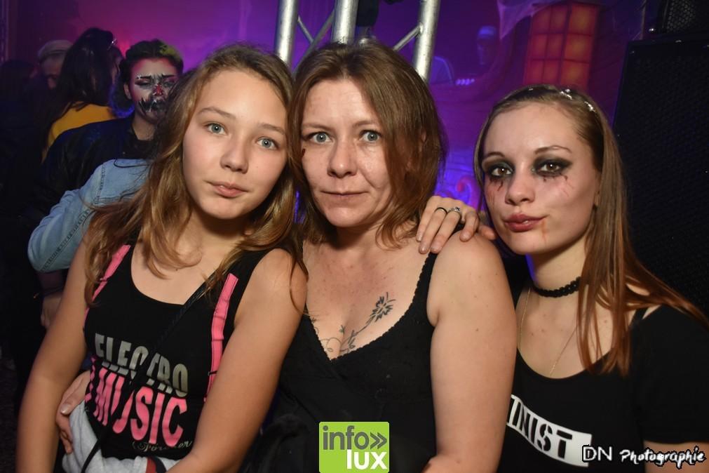 //media/jw_sigpro/users/0000002463/Halloween dancing club meix dvt virton/image00246