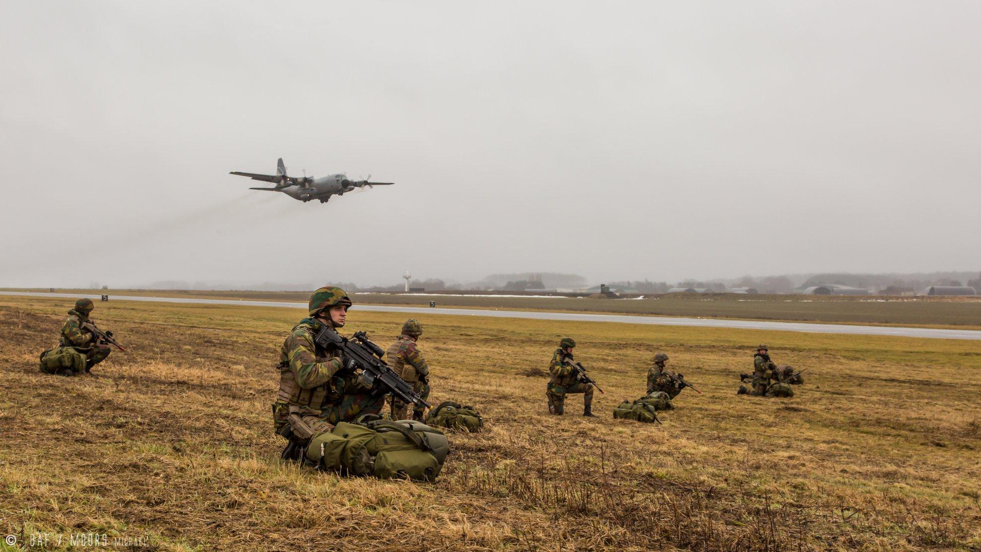 Exercices militaire aux alentours de l'aéroport de Bertrix