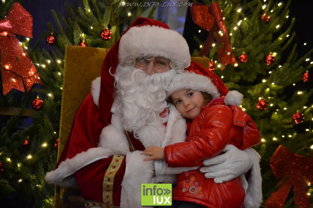 la Parade de Noël RTL à Bertrix