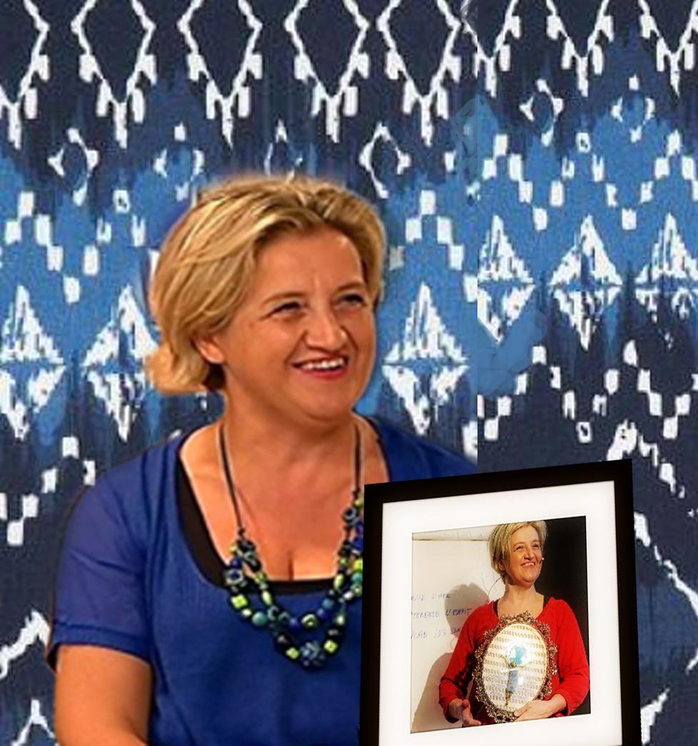 Au Centre culturel de Bertrix : conférence gesticulée de Carole Maziers