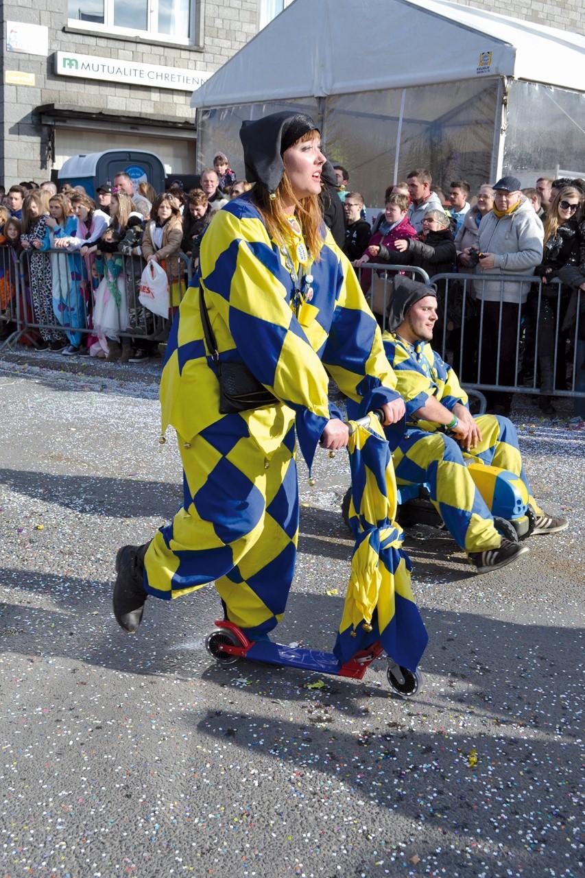 thumbnail saltimbanques Carnaval de Wellin