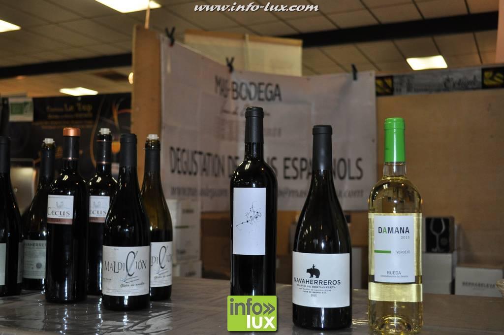 Foire aux vins à Florenville