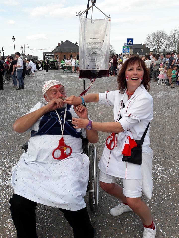Carnaval d'Hotton :Ambl'ance
