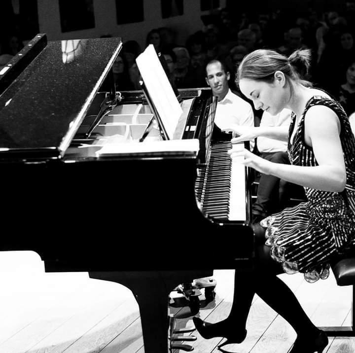 pianistelaura waty