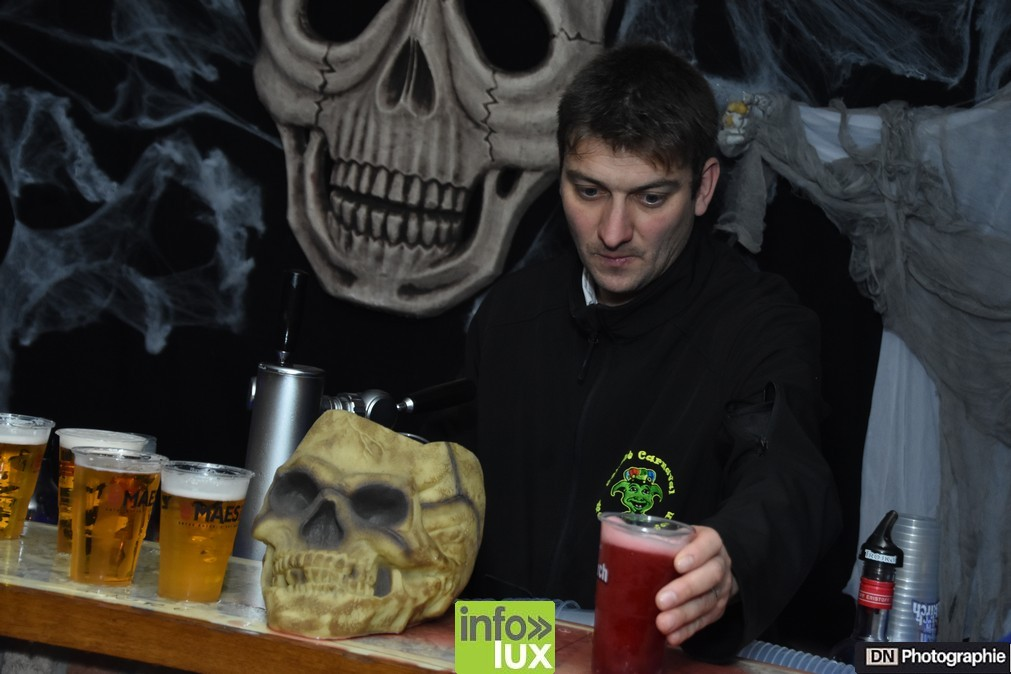 //media/jw_sigpro/users/0000002463/Halloween/image00054