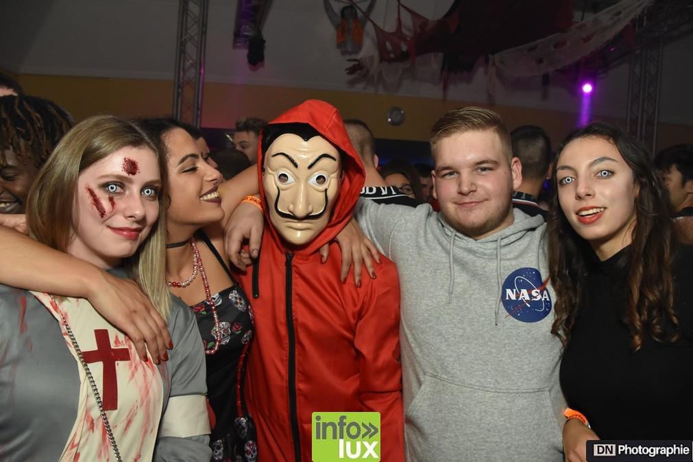 //media/jw_sigpro/users/0000002463/Halloween/image00082