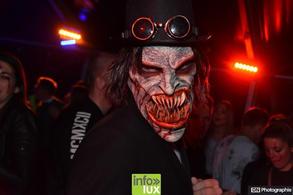 //media/jw_sigpro/users/0000002463/Halloween/image00140