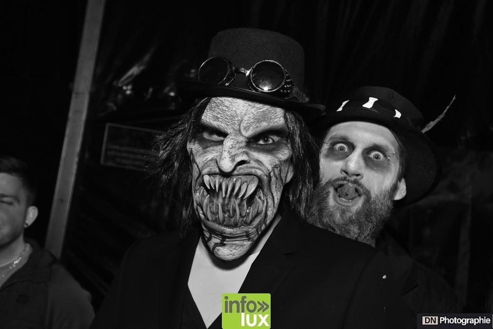//media/jw_sigpro/users/0000002463/Halloween/image00144